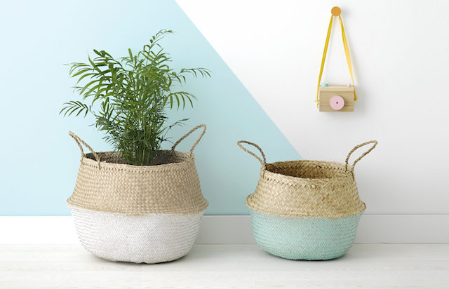 woven-plant-basket-indoor-plant-basket-wooden-plang.jpg